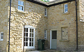 Repointing_lime_mortar_after